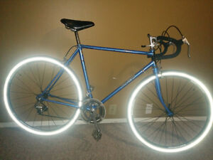 VINTAGE RALEIGH RECORD.NEW BONT. WHEELS/TIRES