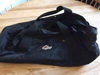 Lowe Alpine black holdall / weekend bag luggage