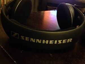 Sennheiser HDR125 Wireless Headphones