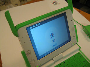 OLPC XO-1 One Laptop Per Child Laptop - Like New -