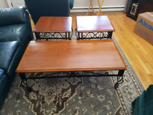 Moving sale/ Set of living room tables and lamps