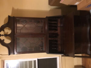 Estate Sale!!!! Living/Dining and Bedroom sets selling as lot!!!