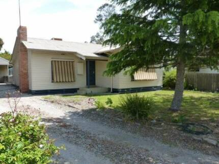GREAT investment in Horsham Victoria Long term tenant $210pw Horsham 3400 Horsham Area Preview