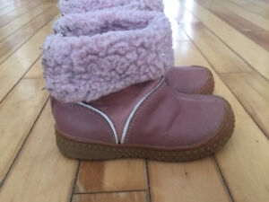 Girls size 6 pink fall boots