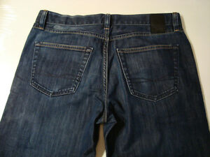 New,Unworn Hugo Boss Jeans size 32-33 waist x 27 inseam West Island Greater Montréal image 8