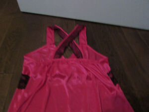 Womens Clothes XS- Lg London Ontario image 2