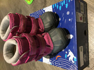 Acton Winter boots size 7