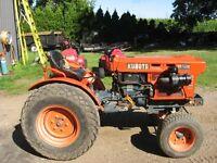 Kubota B6100E Tractor