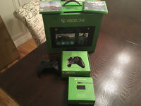 Xbox ONE (NEVER USED / OPENED)