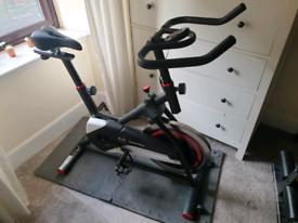 Body Sculpture BC4604 Pro Racing Studio Exercise Bike