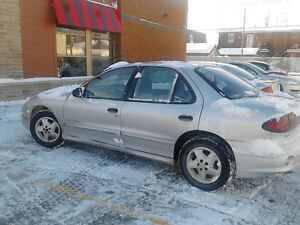 2005 Pontiac Sunfire 130000km air 1 proprio Berline