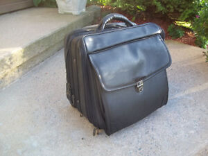 Avenues In Leather Black Rigid Laptop/Business Overnight Bag