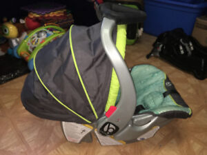 Car Seat With Base -Baby Trend