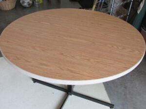Round Arborite Table