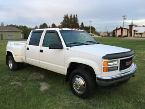 2000 GMC 3500 dually short box