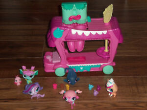 LITTLEST PET SHOP  $10