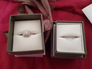 Michael Hill - Engagement Ring & Matching Wedding Band