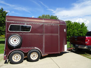 Maplelawn Horse Trailer