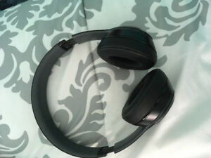 Used Beats Solo2 Wired