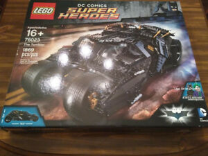 LEGO 76023 Batman UCS The Tumbler [Assembled]