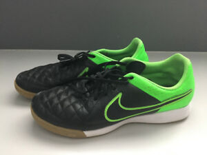 Indoor NIKE Soccer Shoes Excellent Condition