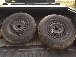 195/70R14 winter tires and rims Kitchener / Waterloo Kitchener Area image 3
