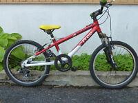 vélo de montagne roue 20 pouces 6 vitesse aluminium