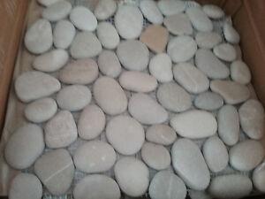 Island stone pebbles flooring