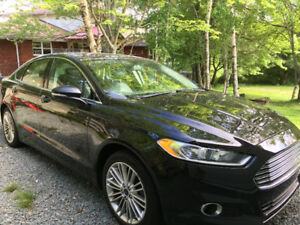 2014 FORD FUSION SE AWD  - FULLY LOADED -32,693 km