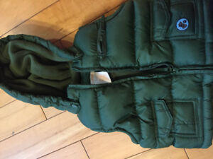 6-12 month puffy vest like new