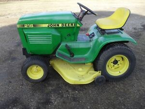JD 216 RIDING LAWN TRACTOR