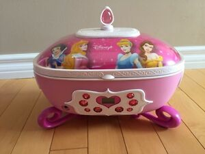 Princess CD player/ jewelry box