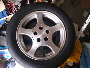 225 55/r16 tire and rims. Off 2002 ford mustang $100 obo