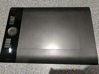 Wacom Intuos 4 PTK-640 Medium Great Condition!