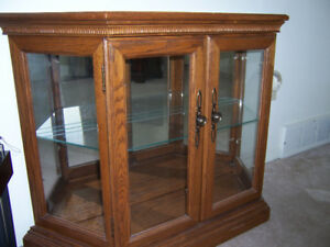 """Vintage small china cabinet. Size 39"""" X 12"""" X 30"""" .  Mirrored"""