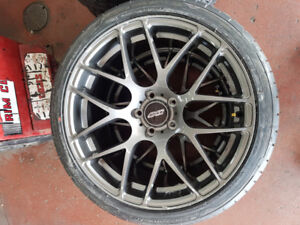 """19"""" inch rims with brand new tires 255 35 19"""