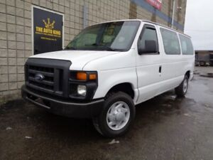2014 Ford Econoline Wagon **** 8 PASSENGER **** ONLY 42 100KM'S