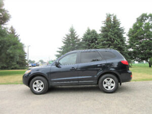 2009 Hyundai Santa Fe V6 w/ 154K!!  ONE OWNER & 4 NEW TIRES!!
