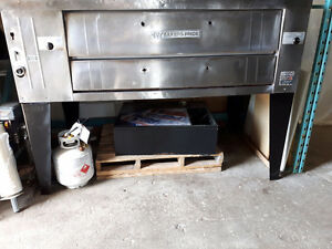 MIXERS-SLICERS-CHOPPERS-SHEETERS-WARMERS-OVENS-PIZZA BAGS