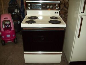 Hotpoint Stove Oven in Brand New Condition