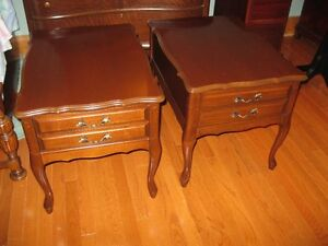 CHOICE OF ACCENT TABLES