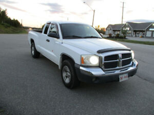 2005 DODGE DAKOTA RWD
