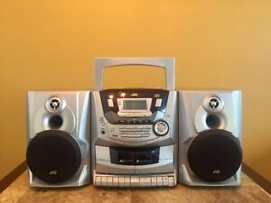 *very gently used* JVC PC-X250 Boombox Audio System