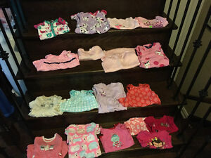 Baby girls clothes 9 months ( Marie )