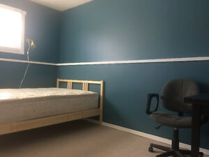 Leduc. Includes utilities. Large room and space