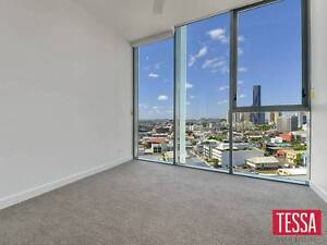 STUNNING CITY VIEWS FROM THE COMFORT OF YOUR BED Fortitude Valley Brisbane North East Preview