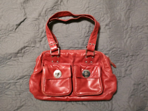 Beautiful red Danier leather purse. Great condition!