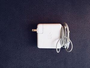 Apple MacBook/PowerBook Adapter