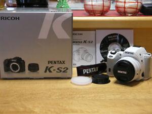 PENTAX K-S2 blanc