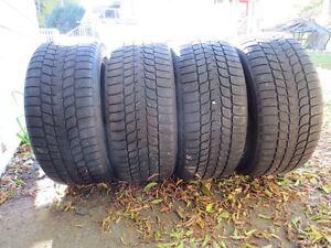 4 pneus blizzak